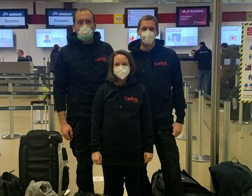 The CADUS team at the airport.